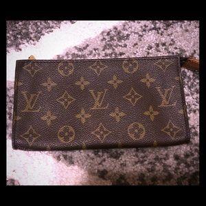 Vintage Louis Vuitton accessory Pouch GM
